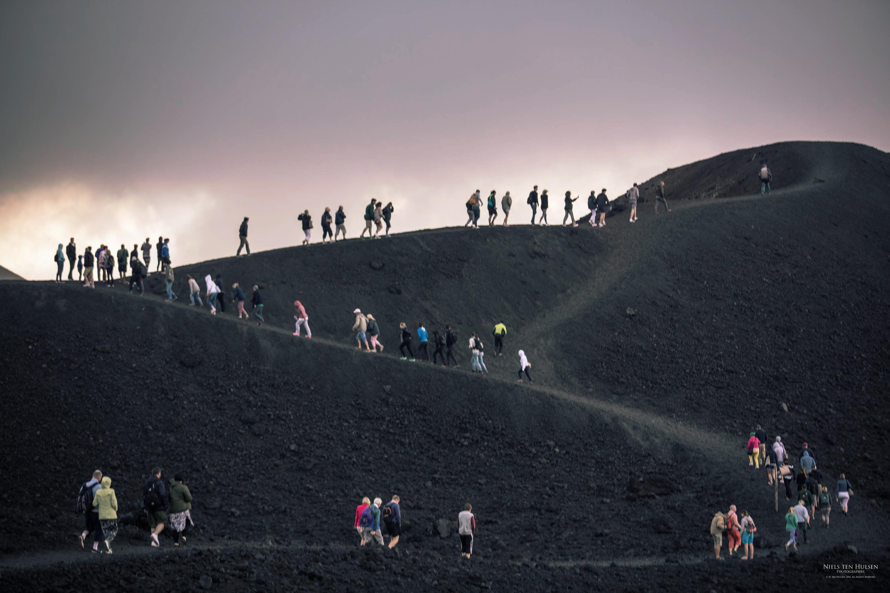 bewerk Wandelen naar de top van Etna